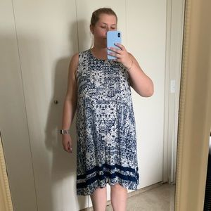 Navy blue and white patterned tank dress!